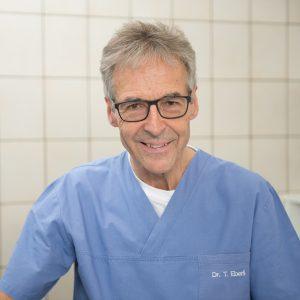 Toni Ebreli, Tierarzt